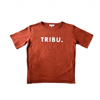 Tribu. breastfeeding t-shirt